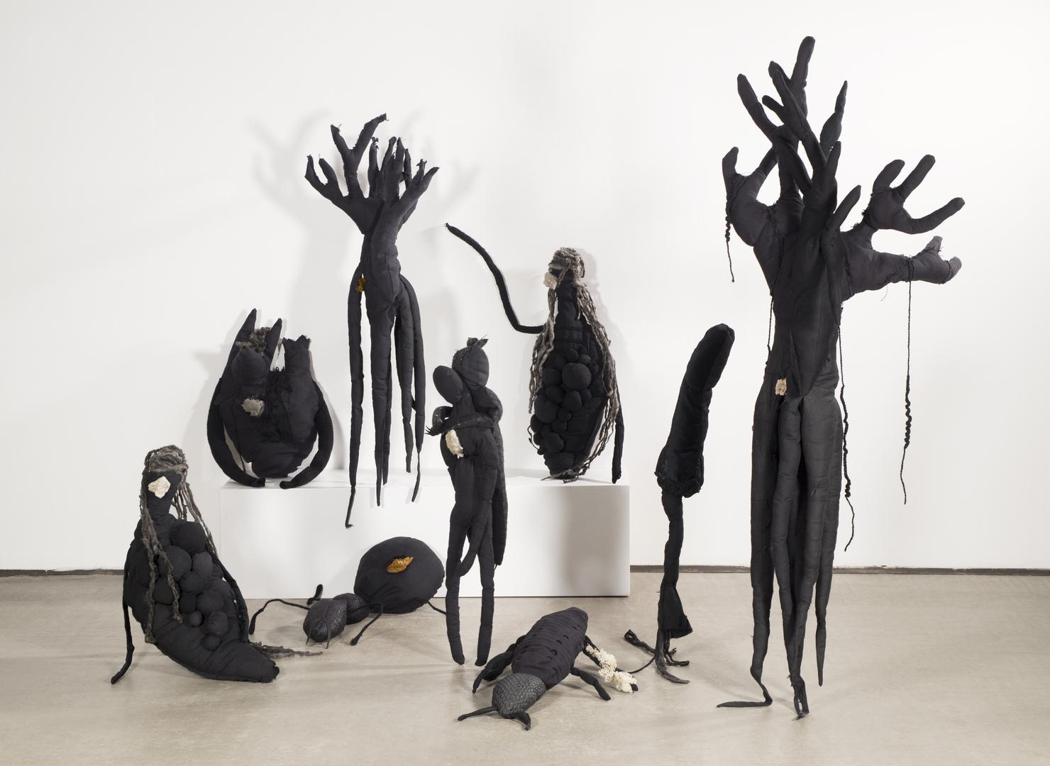 """Mali Weil, """"Companions"""" (serie), 2019-in corso, Courtesy l'artista"""