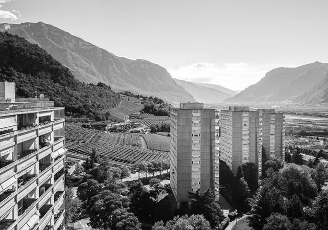 Marcello Armani, Efrem Ferrari, Luciano Perini, Complesso residenziale di Madonna Bianca, Trento, 1971-1977, Ph. Fernando Guerra